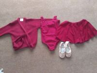 Girls wine coloured ballet outfit small, 3-6 years, immaculate condition