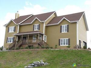 369 000$ - Maison 2 étages à vendre à Témiscouata-sur-le-Lac