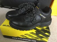 Men's work boots size 9. New