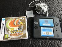 Nintendo 2DS with 2 games and SD card