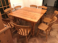 Fantastic antique pine 4 ft square dining table with thick top, lovely condition