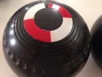 Pair of Henselite 'Championship' Indoor/Lawn Bowls - Size 4 15/16