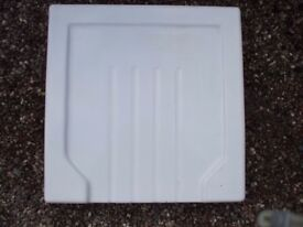 A used white porcelain (Belfast) Sink Drainer in good condition 46 cms x 46 cms