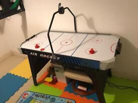 Kids air hockey game