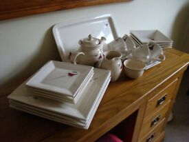 Irish Hand Crafted Four Setting Dinner Set Including Teapot Etc Never Used
