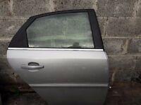 DRIVER SIDE REAR DOOR ( Vauxhall Vectra C)