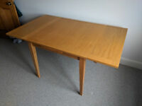 Oak Dining Table, seats 4 - 6 people, extendable 90cm square or 150cm x 90cm