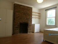 1 bedroom in Northwold Road, London, N16 (#1078576)