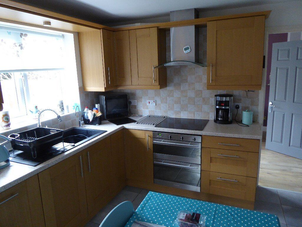 Solid wood light oak kitchen units in telford shropshire gumtree solid wood light oak kitchen units workwithnaturefo