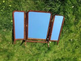 VINTAGE ANTIQUE RUSTIC FARMHOUSE SHABBY CHIC WOODEN 3 SECTION DRESSER TABLE TOP MIRROR
