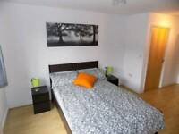 Stunning double ensuite room just 230 pw 1 min away from Caledonian road