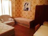 LOVELY TWIN/DOUBLE ROOM HABITACION DOBLE, 7 MNT WALK EAST INDIA, 5 MNT CANNING TOWN, CANARY WHARF,18