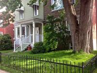 A great detached house just 10 minutes from downtown Montreal