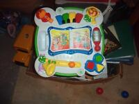 Leap Frog Stand and Learn Table