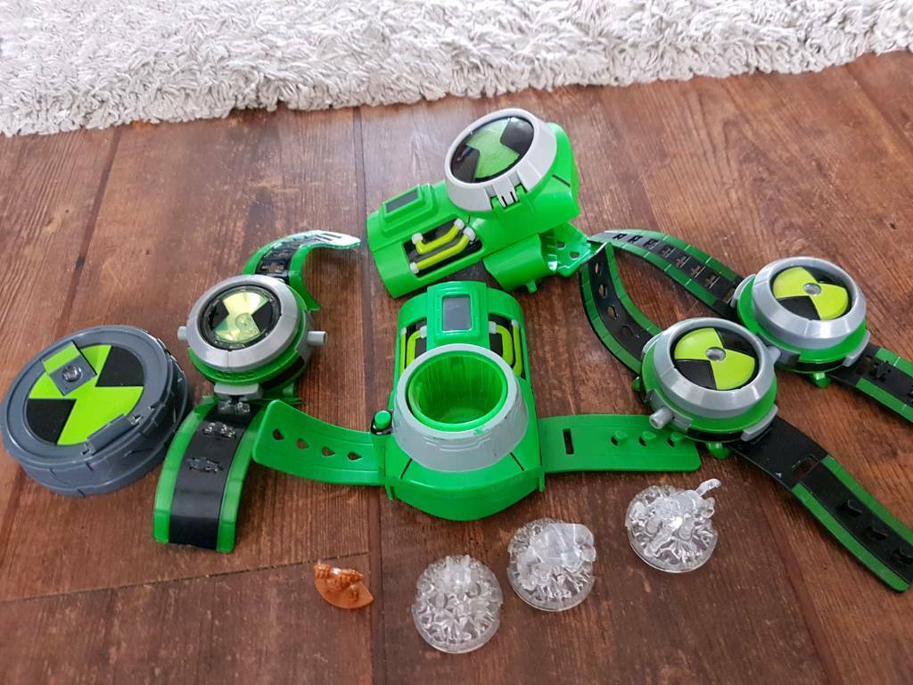 Ben 10 omnitrix watches