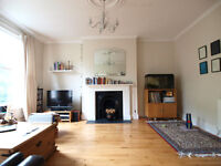 A large & bright 1 double bedroom flat located on the Harringey Ladder moments from over-ground