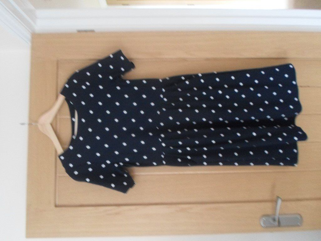 Navy and white spotted dress with short sleeves size 12