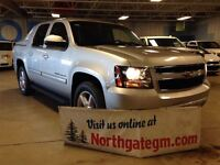 2011 Chevrolet Avalanche 1500 LT, Bluetooth, USB, Back Up Camera