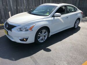 2013 Nissan Altima 3.5 SL, Automatic, Navigation, Leather, 66, 0