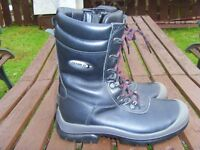 UNIFLAIR HIGH LEG SIDE ZIP safety boots size 6(39) offshore issue so dry and warm £30 collect
