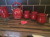 Next heart kettle and red jar set