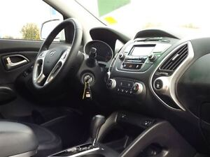 2013 Hyundai Tucson GLS   WELL EQUIPPED   ALLOYS   HEATED SEATS  Stratford Kitchener Area image 20