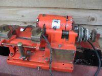 mancuna key cutting machine