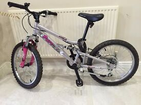 """Girl's bike 16"""" hardly used in good condition"""