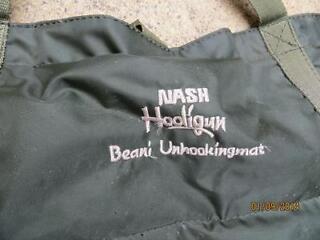 Nash carp unhooking mat