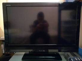 "Toshiba Regza 32"" inch TV"