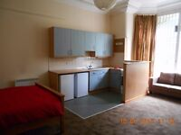 Fully furnished studios available in BD8 next to Lister Park. Rent includes all bills.