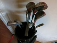 Full (?) Golf Clubs Set with bag
