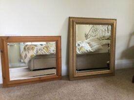 Pine mirror and gold effect mirror