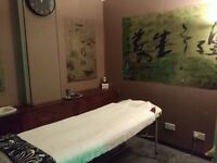 therapy massage room available to rent in aldgate east