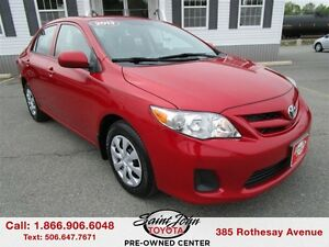 2013 Toyota Corolla CE with Sunroof $125.20 BI WEEKLY!!!