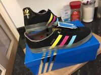 Adidas gazelle consortium size 10
