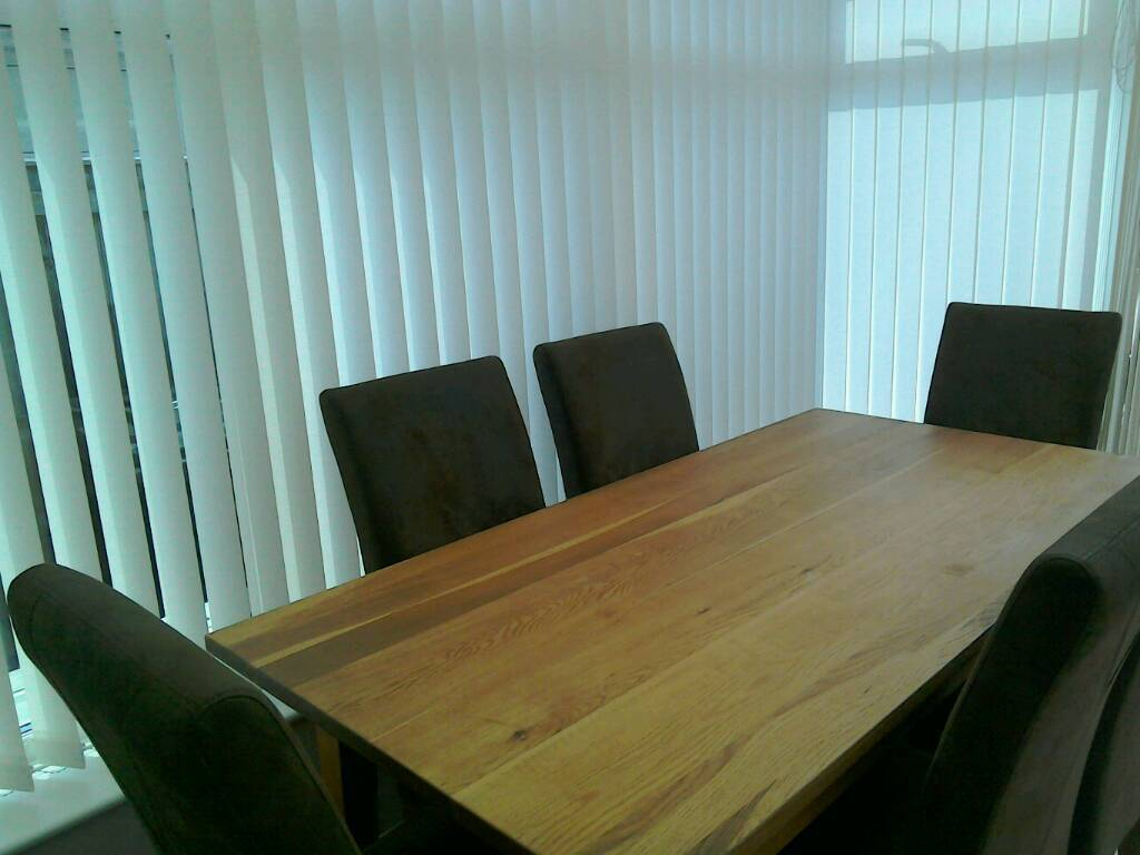 BROOKLYN OAK DINING TABLE AND 6 CHAIRS