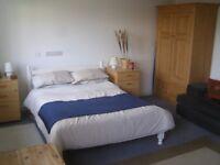 Large Double Room in Knowle Park, Bristol Short term let until end August 2018