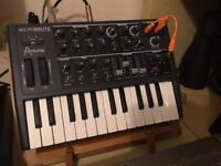 Analogue synthesiser