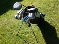 Ideal starter set of full golf clubs and bag, good condition.