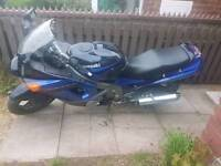 Kawasaki zzr600d