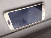 Samsung Galaxy S6 in Platinum Gold (mint condition) looking to swap with iphone 6 or above
