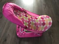 Baby bath seat - great for new born, folds away, 3 recline levels
