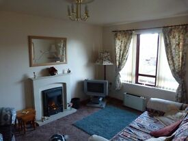 Lovely flat to let in Dornoch in quiet leafy cul de sac long let preferred.