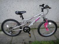 Apollo pure bike 20 inch wheels, 6 gears, full suspension , silver suit age 7 to 9 years old