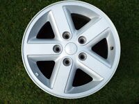 Jeep Grand Cherokee 16 inch alloy wheels in excellent condition