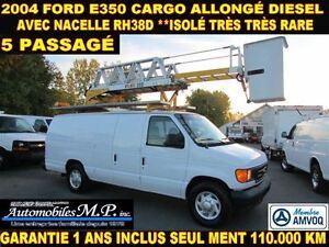 2004 Ford E-350 CARGO ALLONGÉ NACELLE RH38D **ISOLÉ** 110.000 KM