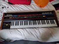 Analog Synth Roland Juno 6 in good conditions available for sale