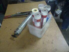 hand grease gun and cartridges