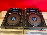 2x Pioneer CDJ 900 USB DJ Decks Boxed